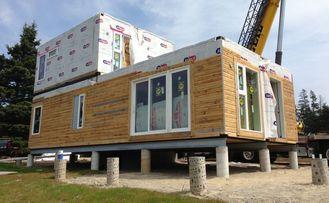 中国 モジュラー建物によって組立て式に作られる家の 2階建ての軽いゲージの鋼鉄別荘 サプライヤー