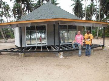 新しい設計プレハブのバリ島のバンガロー、海岸のための Overwater のバンガロー
